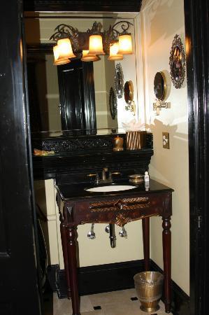 The Cedar House Inn: The Vizcaya