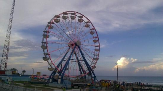 Daytona Beach Boardwalk And Pier Ferris Wheel