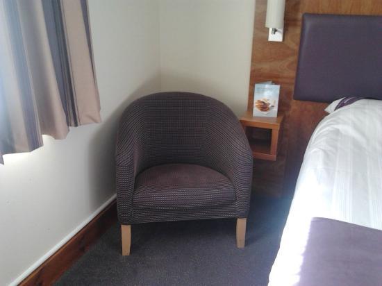 Premier Inn Warrington (M6/J21) Hotel: Comfy chair