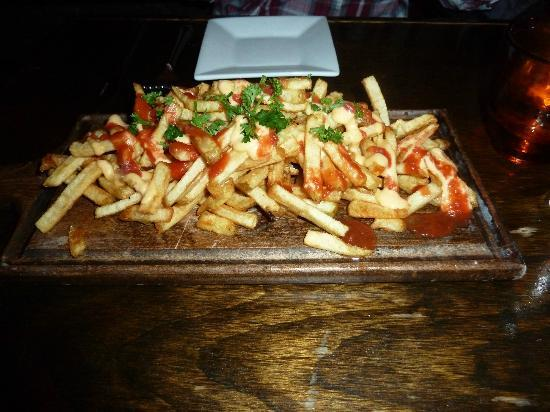 Six Acres: Handcut fries with housemade ketchup and aioli