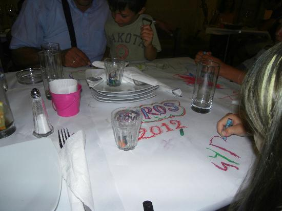 Kouzina: Nice touch - we had crayons and we could draw on the paper table wrapping - children and us love