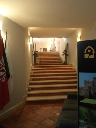بوزادا دي أوريم - تشارمنج هوتل: reception