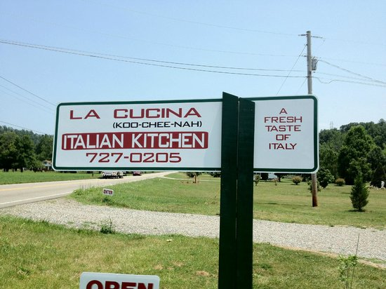 La Cucina Italian Kitchen:                                     Sign to a gem!!!