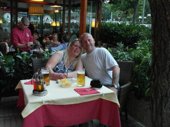 Pub Voramar: Sandra och Lars Pettersson. Sverige.
