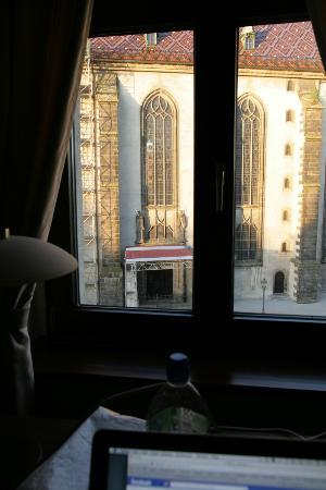 Hotel Alte Canzley: View of Theses Doors from room