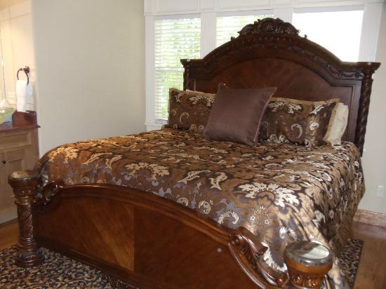 The Branson House: The Honeymoon room. King bed.