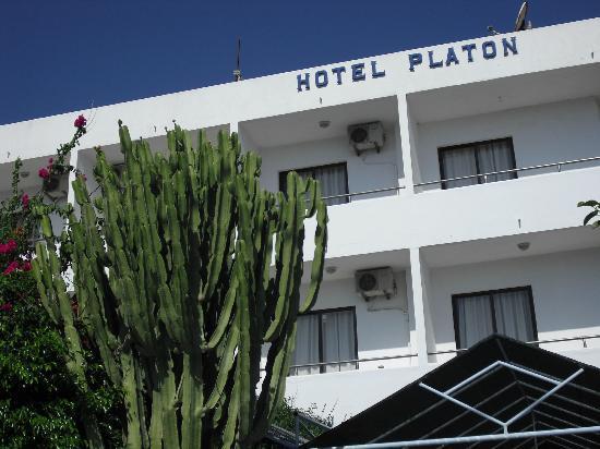 Platon Hotel : esterno