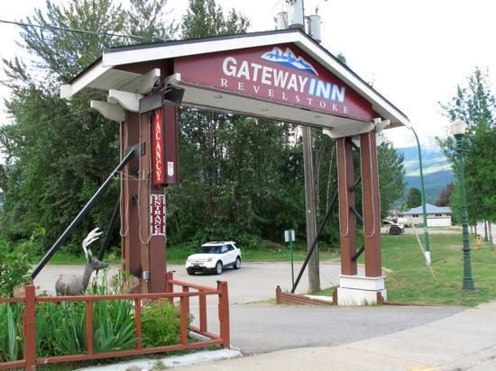 Revelstoke Gateway Inn: Juli 2012