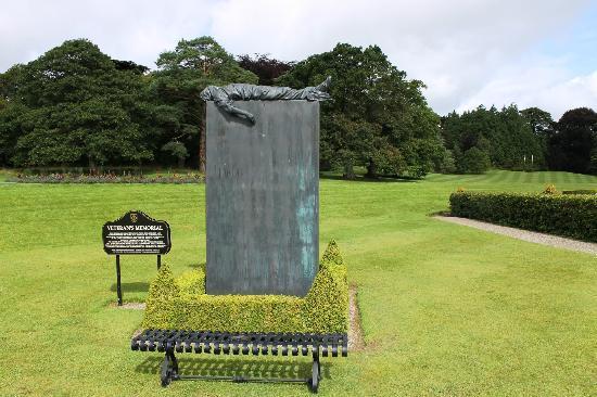 Adare Manor : Veterans Memorial