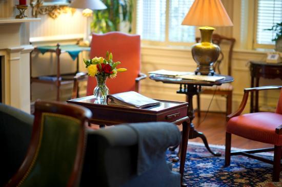 Kings Courtyard Inn: A beautiful photo of our Lobby