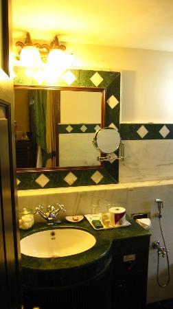 Casa Severina: Bathroom