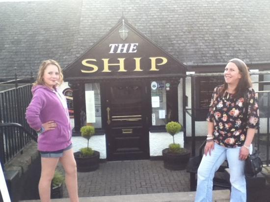 Rebekah and Margaret outside irvines the ship inn