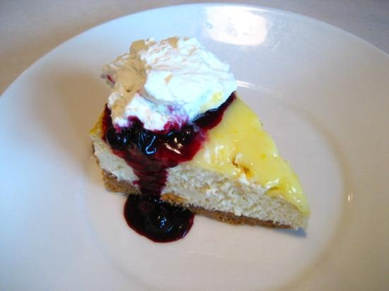 Flying Fish Cafe & Wine Bar: best cheesecake ever!