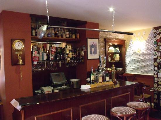Killeen House: Michael's Bar 