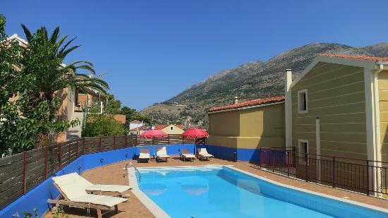 Greka Ionian Suites: Pool view