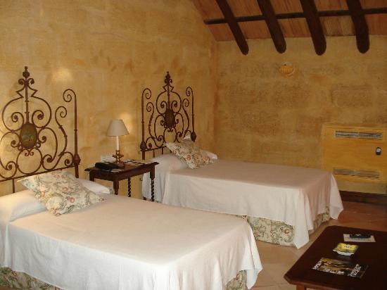 Hotel Palacio Marques de la Gomera: Habitacion abuhardillada.