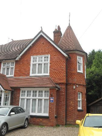 Gatwick Turret Guest House: exterior, morning sun