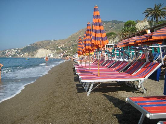 Hotel La Mandorla: la spiaggia