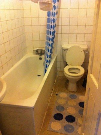 Euro Hotel Harrow: Varmvatten om du har tur