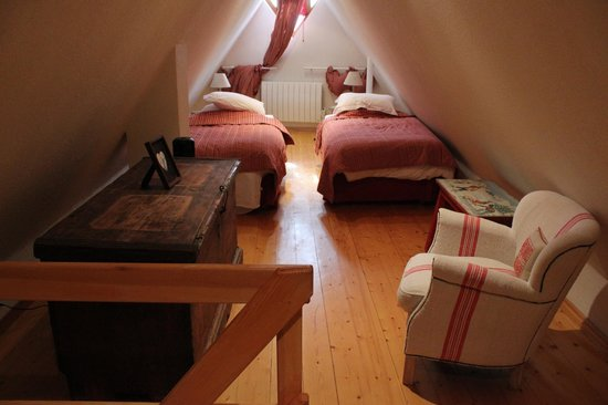 Maison Kiener: Second floor bedroom