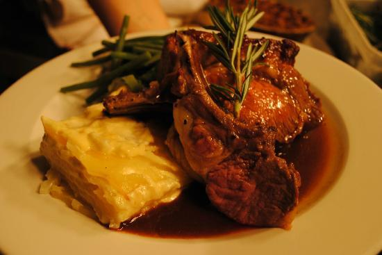 The Kings Arms Hotel: Chop House Restaurant
