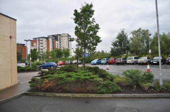 Future Inn Cardiff Bay: Free parking