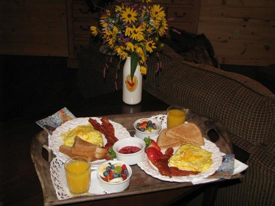 Horse Creek Stable Bed and Breakfast: Breakfast