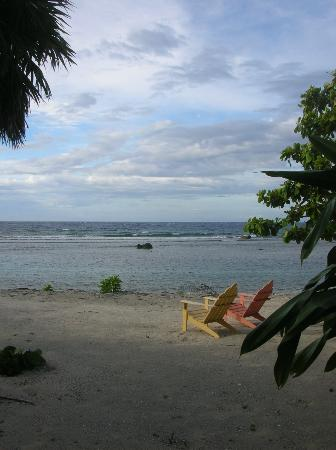 CoCo View Resort: Our beach