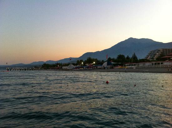 PGS Kiris Resort: вид с пирса