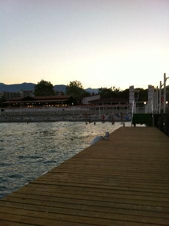 PGS Kiris Resort: Вход в море - можно купаться ночью!