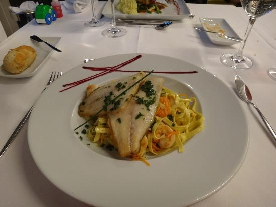 Palace Hotel Monte Real: yummi food, love it