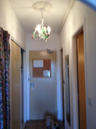 Hotel Restaurant Bellerive : Entrée de chambre