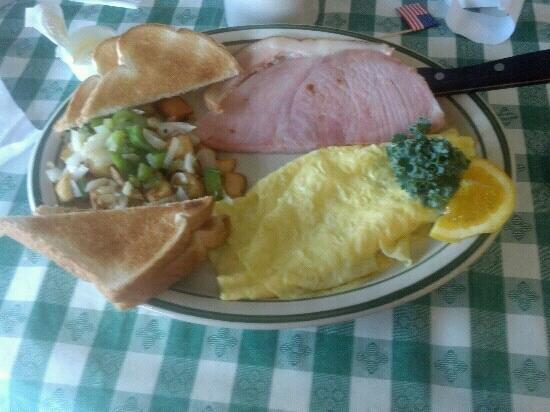 The Village Cafe: Looks good taste great