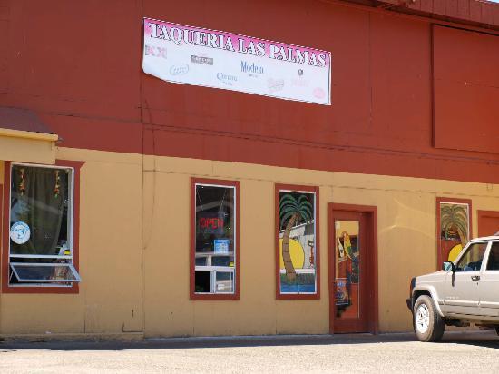 Taqueria Las Palmas: Front of the building