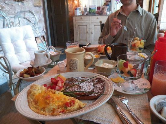 Stone House Inn & Spa: breakfast