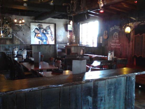 Crazy Horse Stonegrill Steakhouse & Saloon : dance floor area