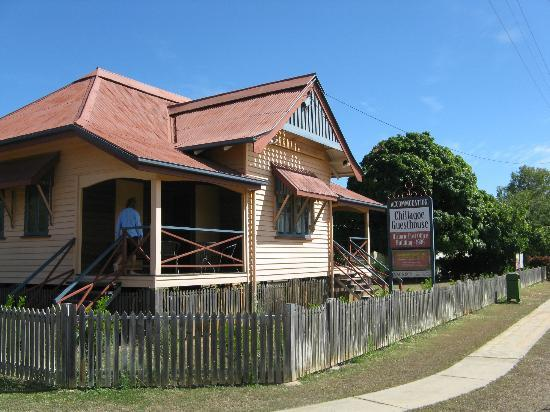 Chillagoe Guest House: The porch