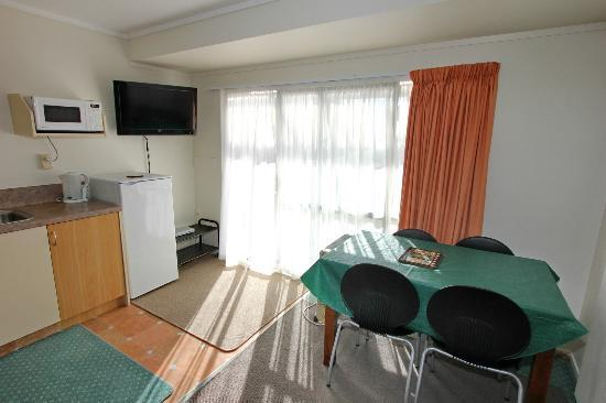 Blue Water Holiday Apartments: Ground floor one bedroom unit
