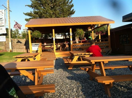 Helen's Corral Drive-In: pavilion for outside eating