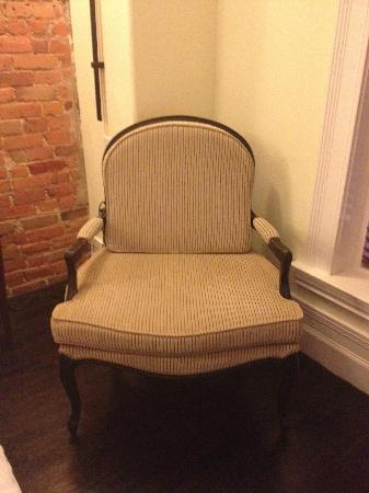 Le Place d'Armes Hotel & Suites: Chair