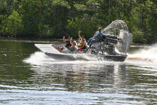 ‪Jungle Erv's Everglades Airboat Tours‬