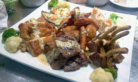 Seven Sea Restaurant: hearty meat and seafood platter..
