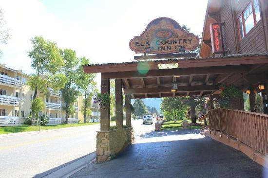 Elk Country Inn: モーテル