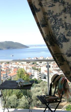 Saylam Suites: Balcony view