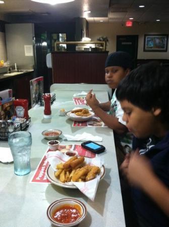 Denny's: good late night snack