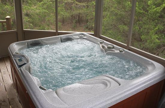 Shiloh Morning Inn: Hot tub
