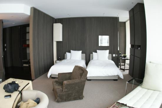 Double Bed Room Picture Of Park Hyatt Shanghai Shanghai
