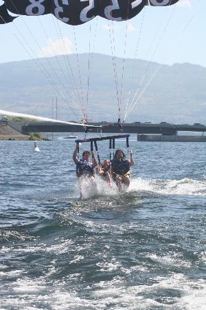 Kelowna Jet Boat Adventures: Taking a dip!