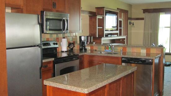 Kitchen of one bedroom villa picture of disney 39 s grand - Disney grand californian 2 bedroom suite ...