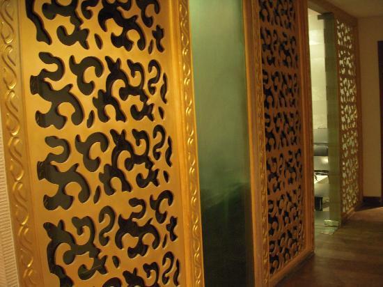 Azaaya Spa and Salon: Traditional interiors